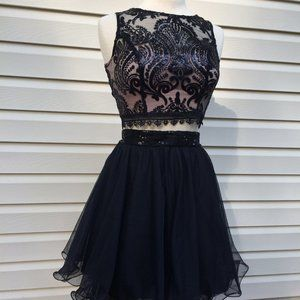 Sleevless Crop Top Lace w Skirt Prom Formal Dress